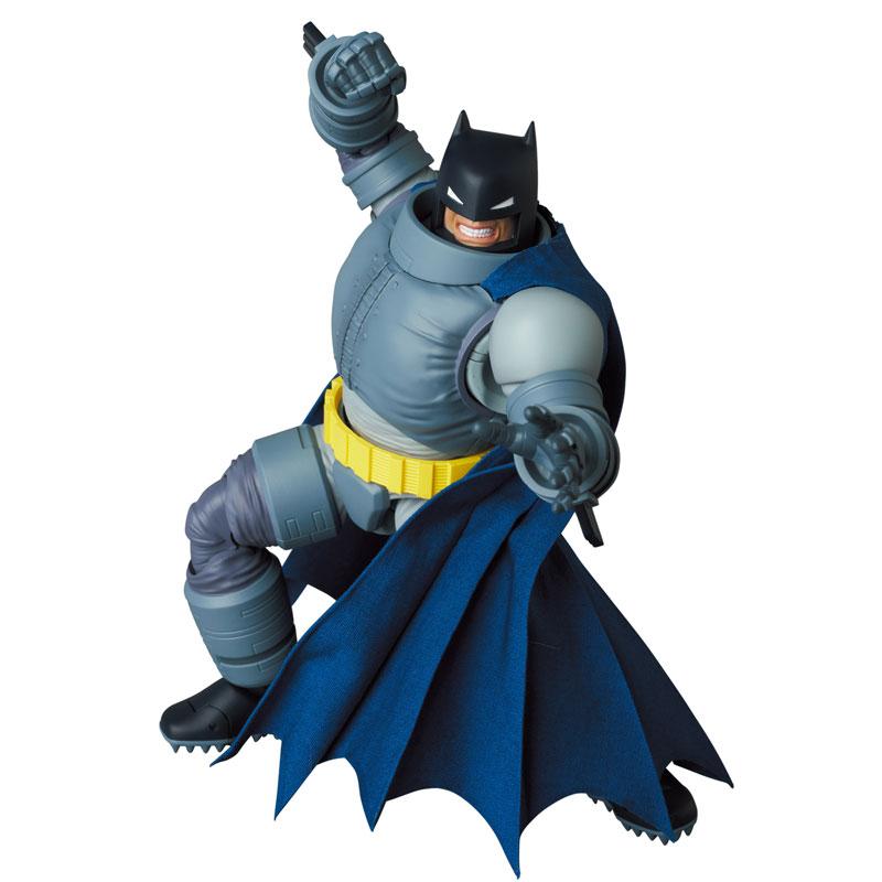 マフェックス No.146 MAFEX『アーマード・バットマン/ARMORED BATMAN』バットマン: ダークナイト・リターンズ 可動フィギュア-001