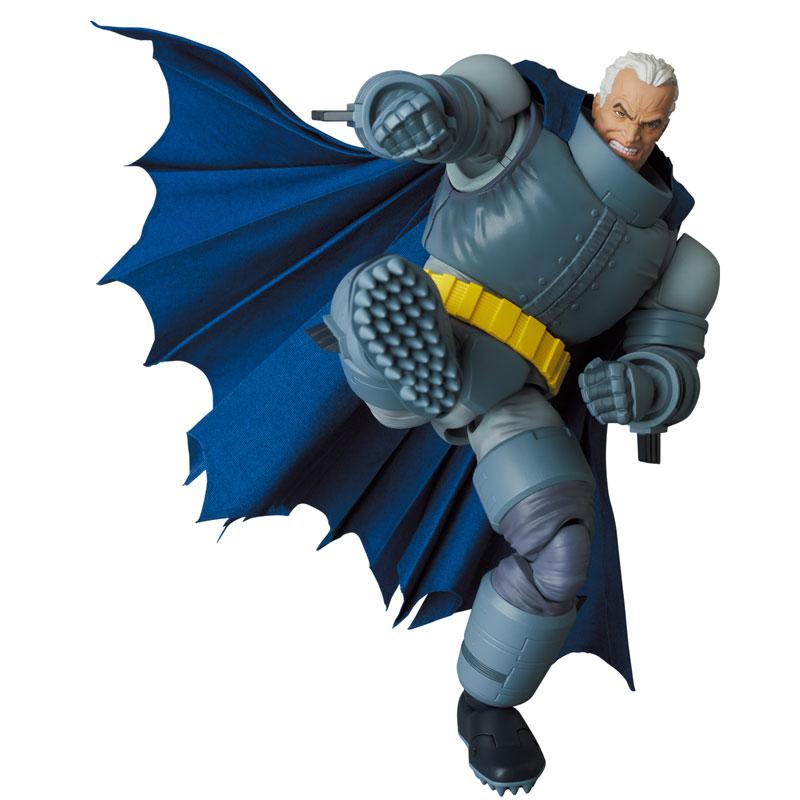 マフェックス No.146 MAFEX『アーマード・バットマン/ARMORED BATMAN』バットマン: ダークナイト・リターンズ 可動フィギュア-010