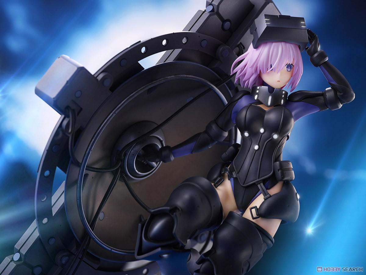 Fate/Grand Order『シールダー/マシュ・キリエライト〔オルテナウス〕』1/7 完成品フィギュア-017