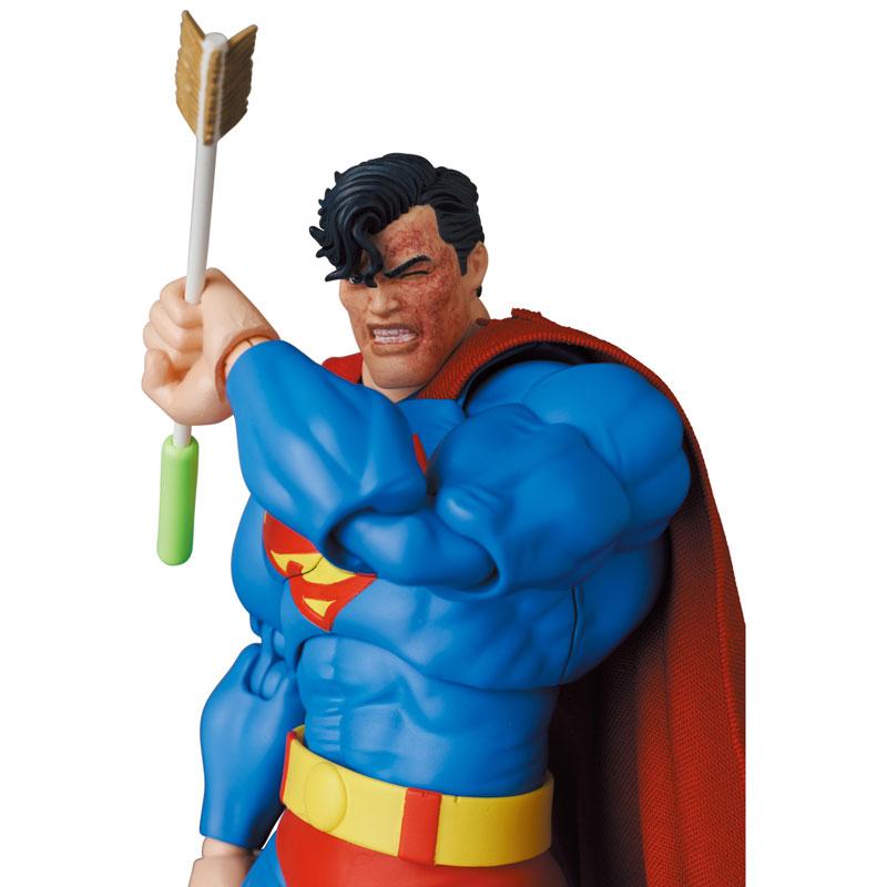 マフェックス No.161 MAFEX『スーパーマン/SUPERMAN(The Dark Knight Returns)』バットマン: ダークナイト・リターンズ 可動フィギュア-002