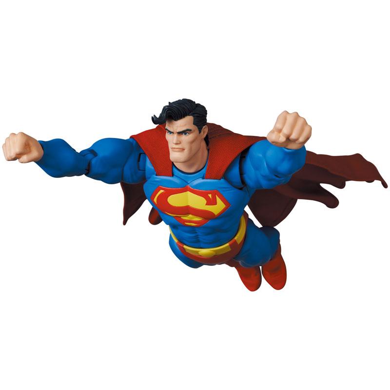 マフェックス No.161 MAFEX『スーパーマン/SUPERMAN(The Dark Knight Returns)』バットマン: ダークナイト・リターンズ 可動フィギュア-010