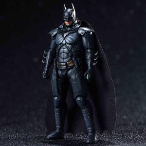 【インジャスティス2】1/18『バットマン 強化版』可動フィギュア【ハイヤトイズ】より2020年2月発売予定♪