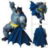 【バットマン】マフェックス『アーマード・バットマン/ARMORED BATMAN』MAFEX 可動フィギュア【メディコム・トイ】より2021年10月発売予定♪